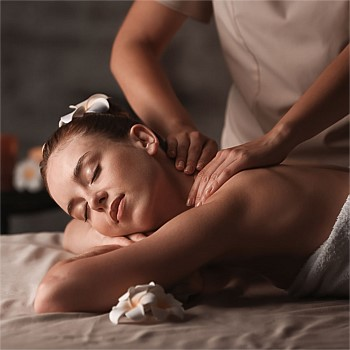 60 minute Signature Entire Body Massage