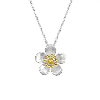 Manuka Flower Pendant With Gold Plate